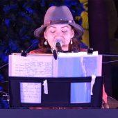スージー クリスマスコンサート イン デポアイランド